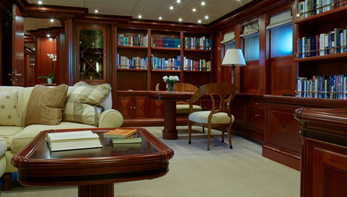 На Athena даже есть своя библиотека.