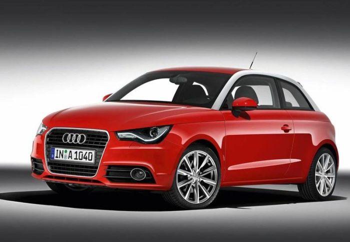 Красный 3-дверный хэтчбек Audi A1. | Фото: avtobazar.ua.