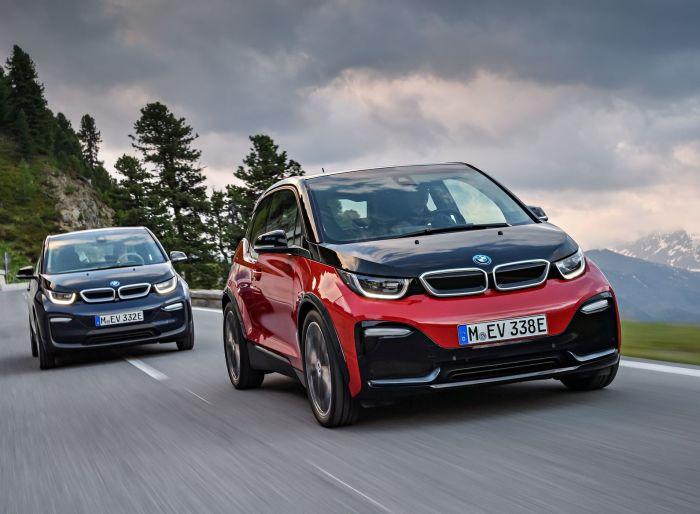 Обновленная версия BMW i3 внешне мало отличается от уже существующей машины.   Фото: insideevs.com.