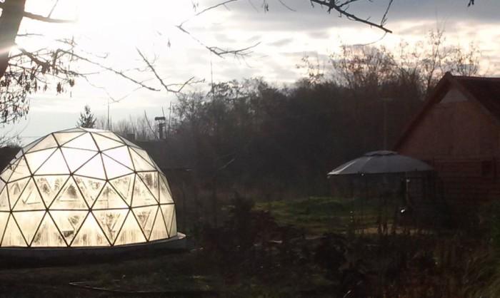 Геодезический купол можно использовать в качестве оранжереи.