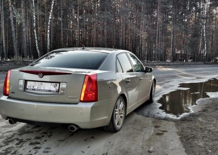 Cadillac – пока еще экзотика в российской глубинке. | Фото: drive2.ru.