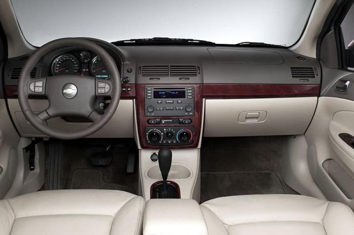 Салон Chevrolet Cobalt.