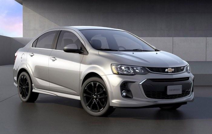 Chevrolet Sonic – недорогой автомобиль с 10 подушками безопасности.