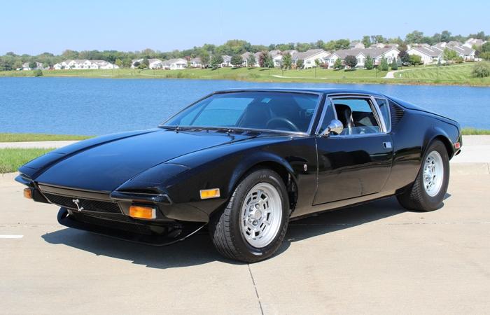 DeTomaso Pantera – автомобиль, ставший популярным на «сером рынке» США в 1980-е.