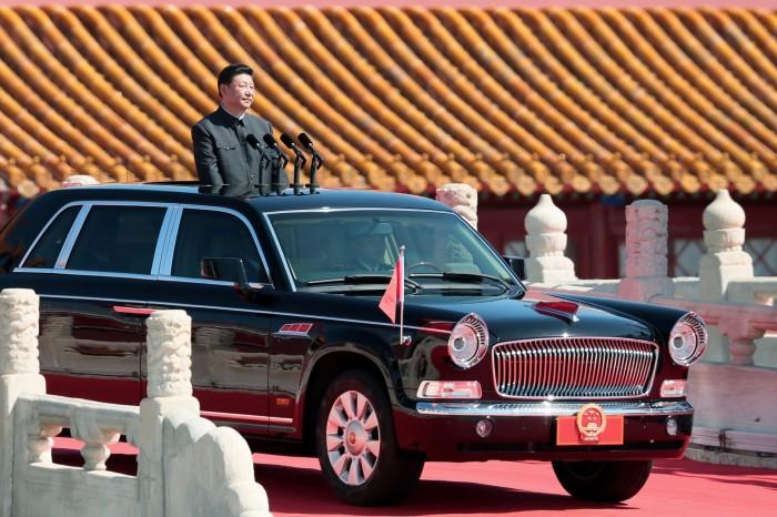 Лимузин FAW HongQi («Красный флаг») L9 – автомобиль для высших чиновников Китайской Народной Республики. | Фото: crazywheels.spb.ru.