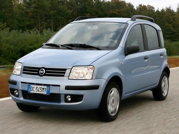 Среди автомобилей второго поколения Fiat Panda попадаются и раритеты. | Фото: auto.vercity.ru.