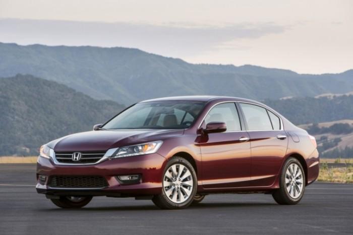 Honda Accord - десятое поколение известного седана.