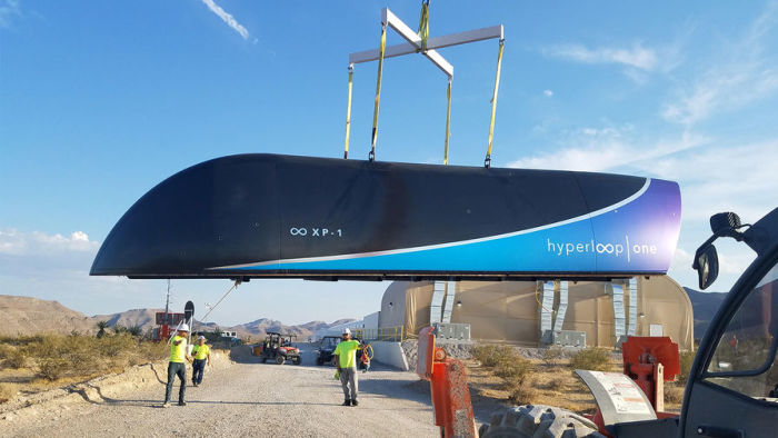 Транспортная капсула Hyperloop One на полигоне в Неваде. | Фото: gazeta.ru.