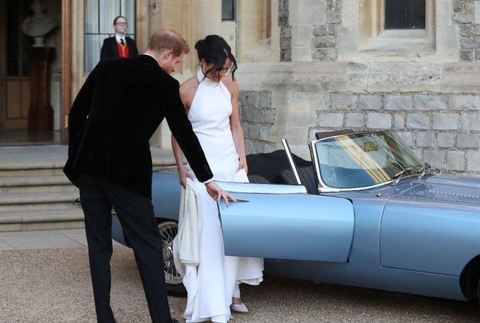 Меган Маркл садится в новый автомобиль е мужа - Jaguar E-Type Concept Zero. | Фото: nord24.de.