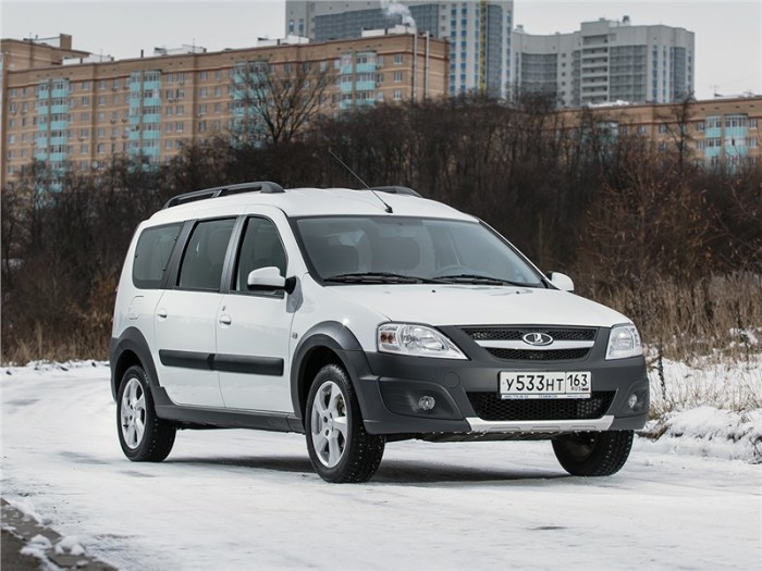 Популярный в России универсал Lada Largus Cross. | Фото: motorpage.ru.