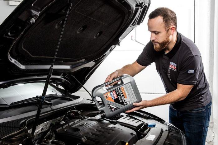 От качества масла и частоты его замены очень сильно зависит ресурс мотора. | Фото: autocentre.ua.