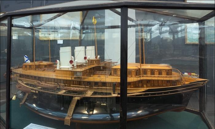 Масштабная модель императорской яхты «Ливадия». | Фото: crimeaphile.livejournal.com.