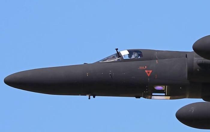 Линзы крутой фотокамеры, установленной на самолете-разведчике Lockheed U-2. | Фото: theaviationist.com.
