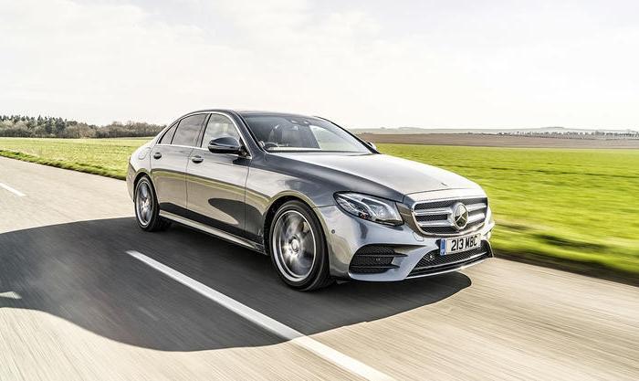 Mercedes-Benz E-class – настоящий немецкий «бизнес-класс». | Фото: autocar.co.uk.