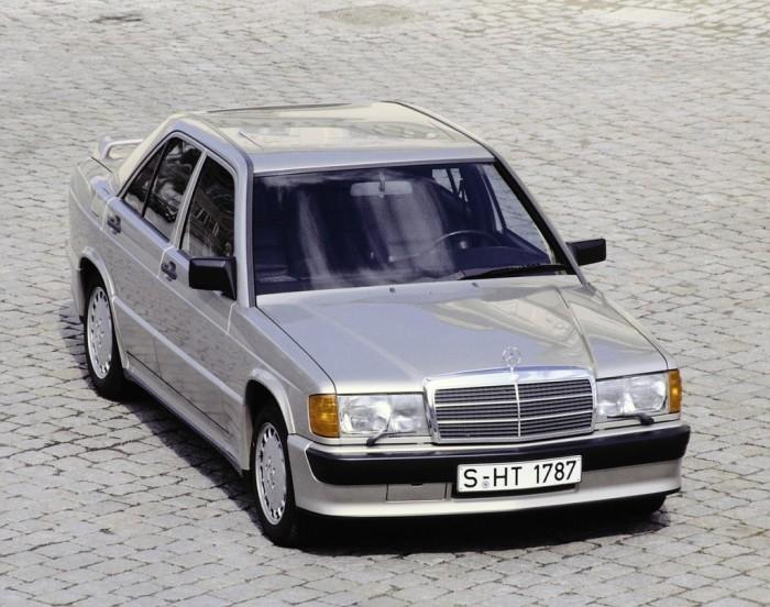 Первый «маленький» Mercedes-Benz 190E.
