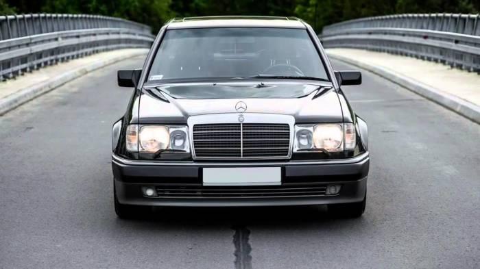 Mercedes-Benz Е-класса, С-класса и даже дорогого S-класса 1990-х годов считаются очень надежными. | Фото: playbuzz.com.