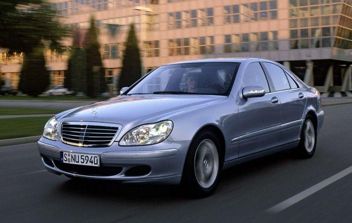 Автомобили Mercedes-Benz S-Class 1998-2005 годов более надежны, чем их конкуренты. | Фото: avtorinok.ru.