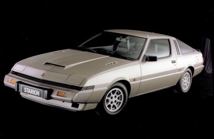 Mitsubishi Starion – спортивное купе с мощным турбированным 4-цилиндровым двигателем.