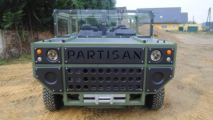 Кузов Partisan One идеально подходит для установки бронеплит. | Фото: kommersant.ru.