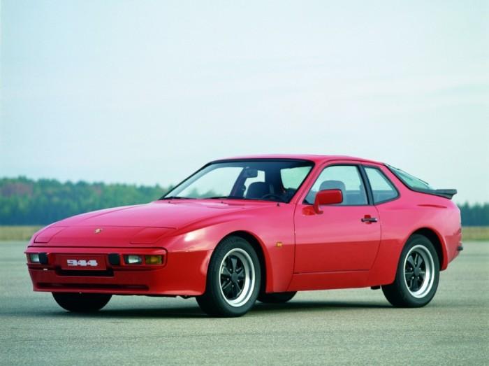 944-й – модель, которую не все считают «классическим» Porsche.