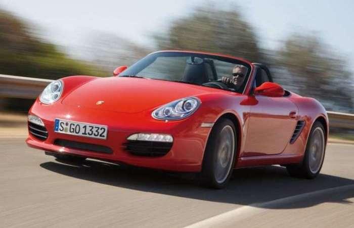 Немецкий спортивный родстер Porsche Boxster второго поколения выпускался с 2004 по 2012 гг. | Фото: autobytel.com.