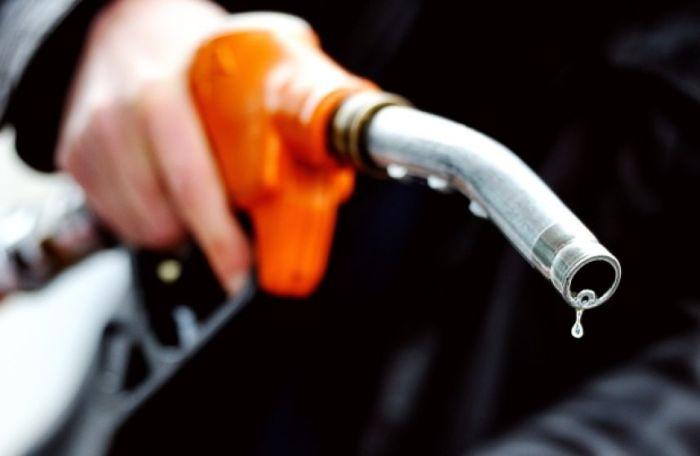 Не стоит экономить на бензине.