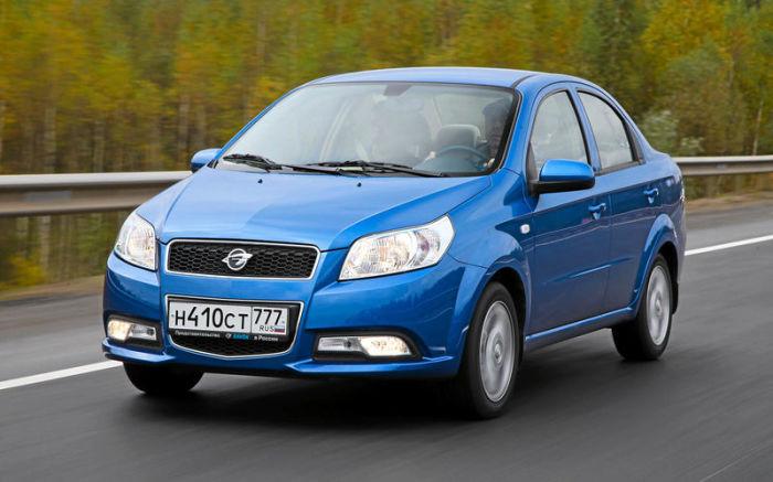 Узбекская поразительно напоминает другую машину - Chevrolet Aveo. | Фото: zr.ru.