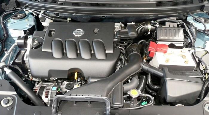 Двигатель MR20DE под капотом компактного кроссовера Nissan X-Trail. | Фото: avtoexperts.ru.