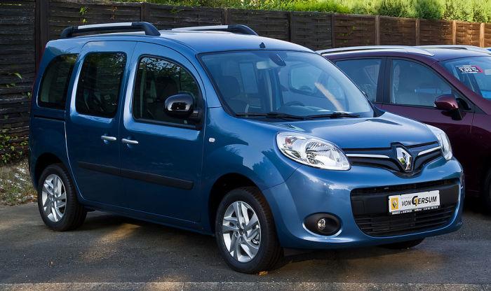 Renault Kangoo II после рестайлинга лучше обходить стороной.