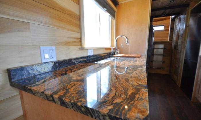 Рабочая поверхность кухни. | Фото: inhabitat.com.