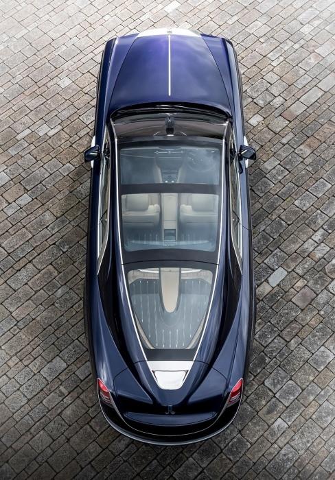 Изящные, плавные очертания Rolls-Royce Sweptail.