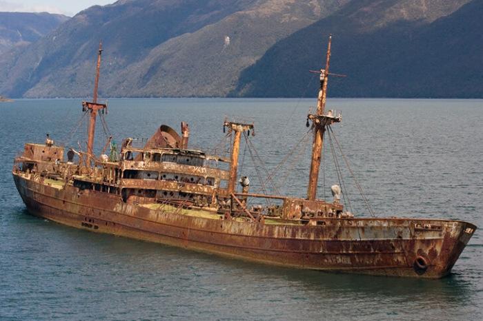 Фейковая фотография парохода Cotopaxi, «обнаруженного» в  2015 году. | Фото: cargotocaribbean.co.uk.