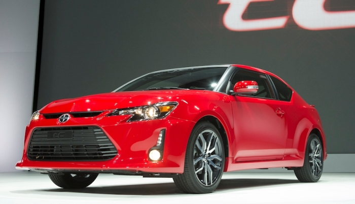 Спортивное купе Scion tC выпускается японской компанией Toyota.   Фото: cheatsheet.com.