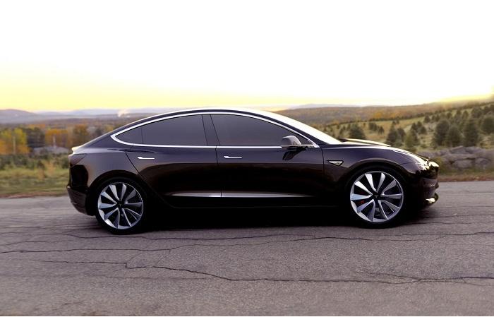 Порой Tesla может стать абсолютно недоступной. | Фото: cheatsheet.com.