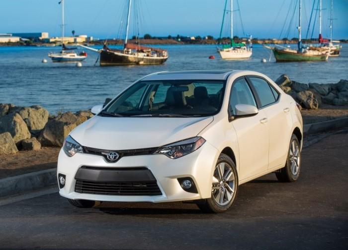 Toyota Corolla -  самый продаваемый в истории автомобиль.