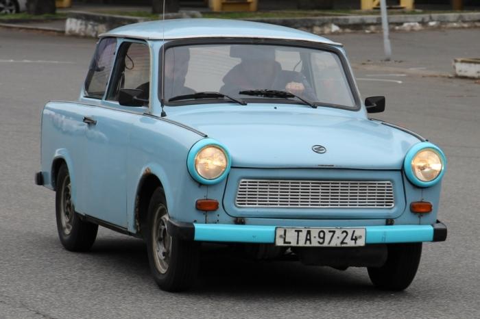 Народный ГДР Trabant выпускался с 1957 по 1991 год.   Фото: trabantpraguetour.cz.