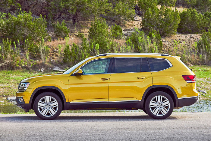 Полноразмерный кроссовер Volkswagen Atlas. | Фото: nastarta.com.