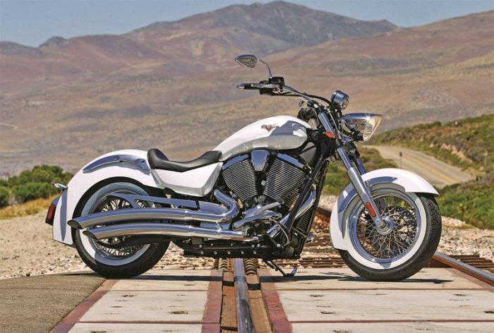 Мотоцикл Victory Boardwalk 2013 года.