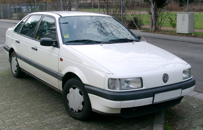 Седаны и универсалы Volkswagen Passat B3 будут ездить по дорогам России еще не один год. | Фото: vwauto.club.