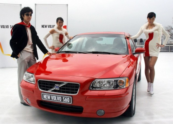 Volvo S60 первого поколения выпускались с 2000 по 2009 гг. | Фото: cheatsheet.com.
