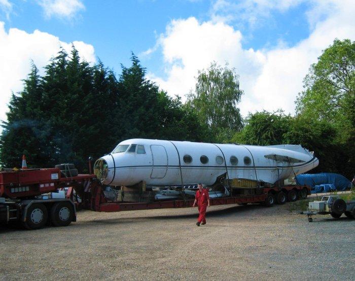 Списанный бизнес-джет Gulfstream III.
