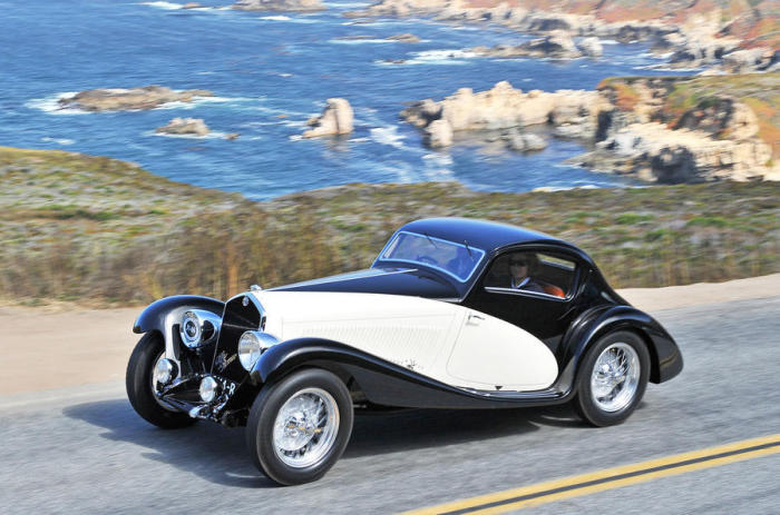 Классика 1930-х с легким спортивным кузовом.