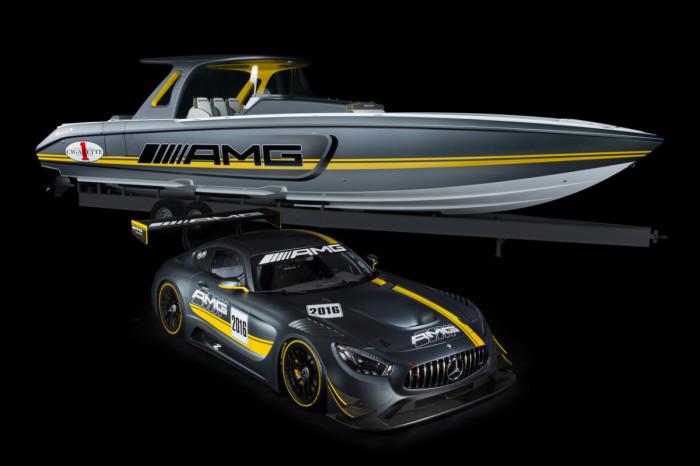 Катер SD GT3 мощностью 2200 л.с. и спортивный автомобиль Mercedes-AMG GT3.