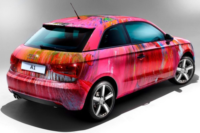 Розовый Audi для Элтона Джона.