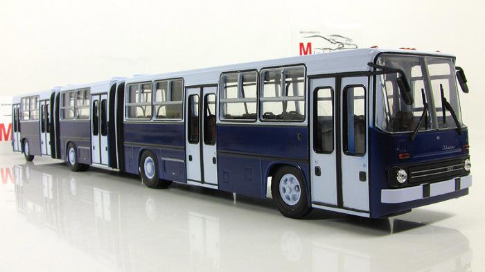 Масштабная модель Ikarus 293.