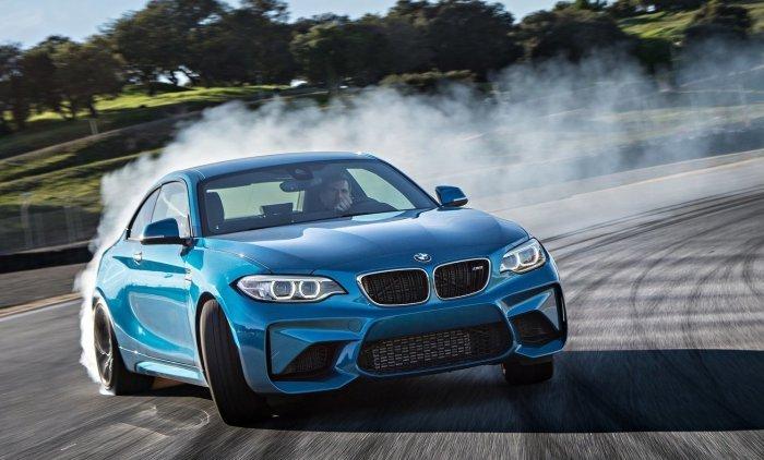 Высокофункциональное престижное купе BMW M2.