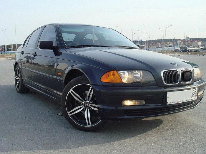 3-я серия является главным «козырем» компании BMW. | Фото: drom.ru.