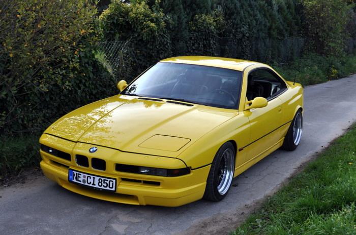 E31 - первое поколение BMW 8-й серии.
