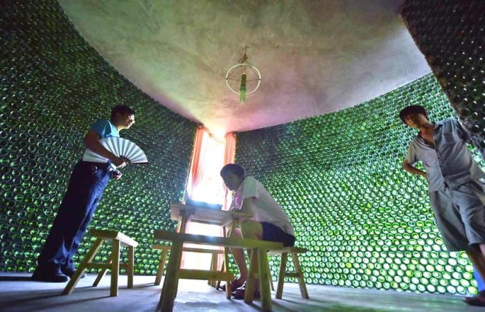 По вечерам стены этого строения красиво светятся. | Фото: projects.archiexpo.com.