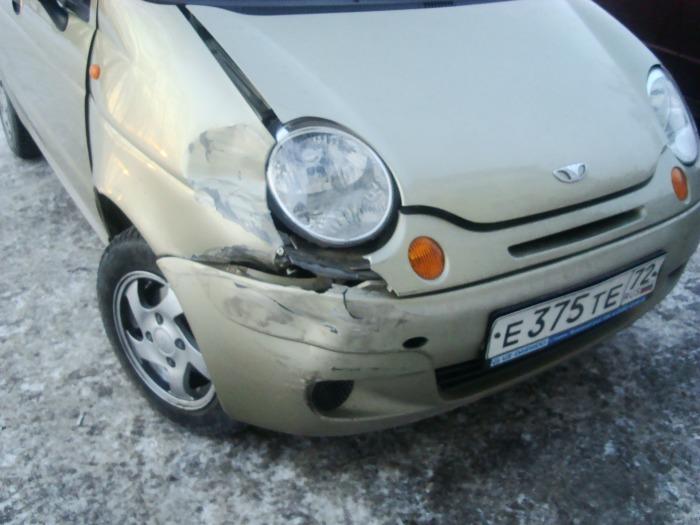 На большой скорости такие повреждения приводят к повышенному расходу топлива. | Фото: drive2.ru.